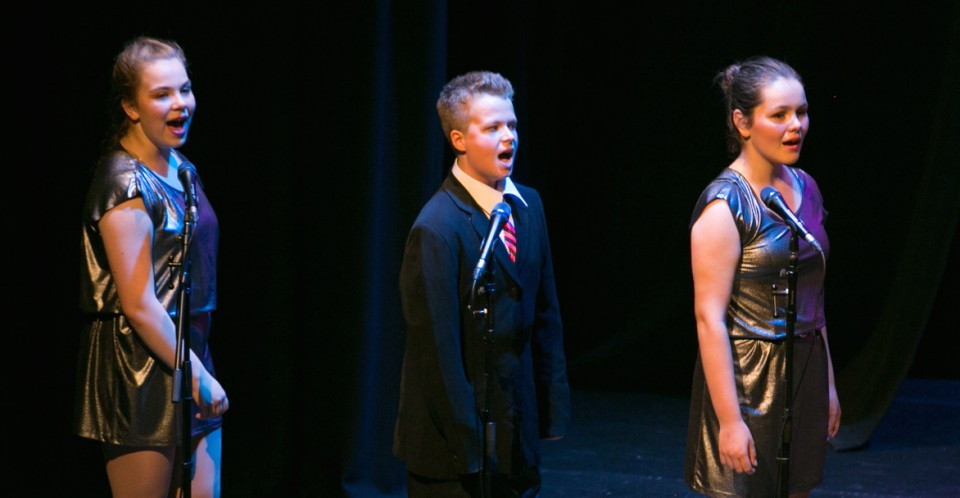 singing-stage