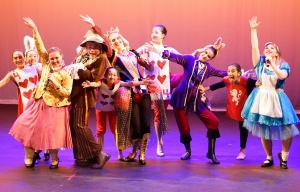 Musical Theatre, Music Theatre classes, song and dance class, melbourne western suburbs, Altona North